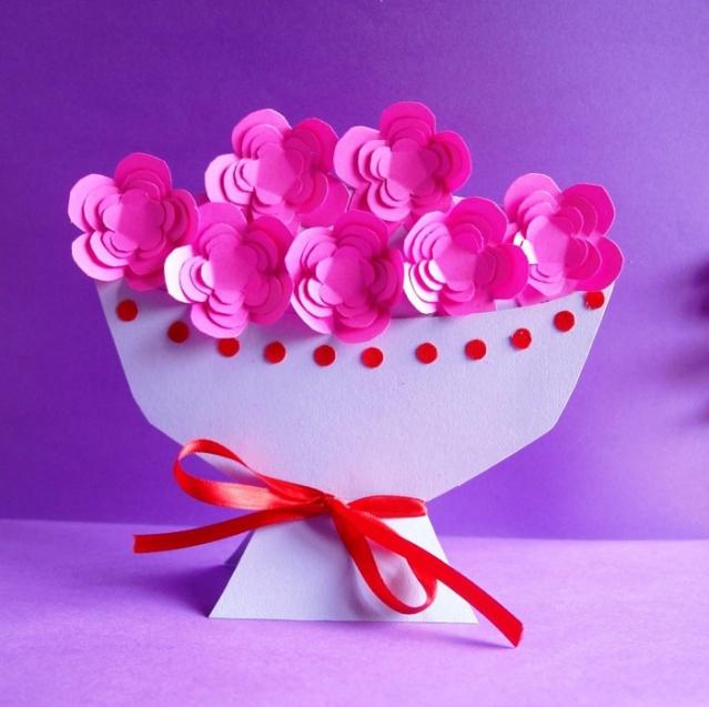 Как сделать подарок для мамы своими руками на день рождения из бумаги