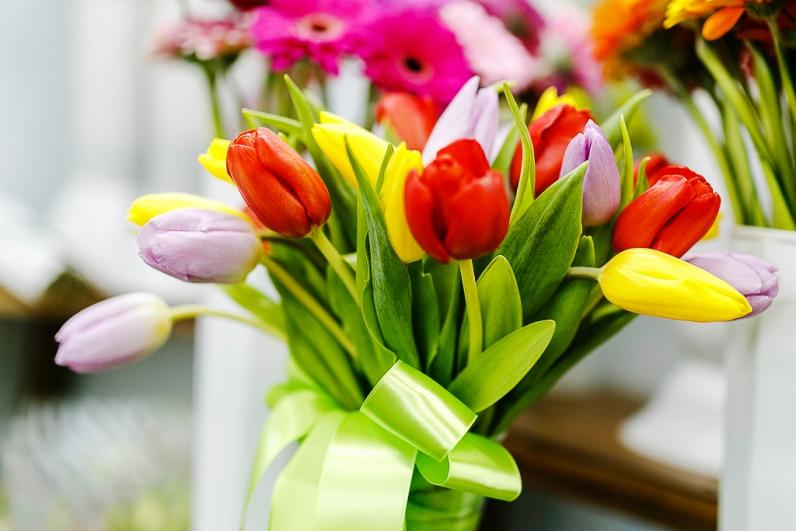 Цветы  к 8 марта фото