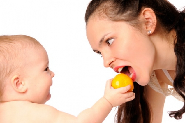 Что можно или нельзя есть кормящей грудью маме в период