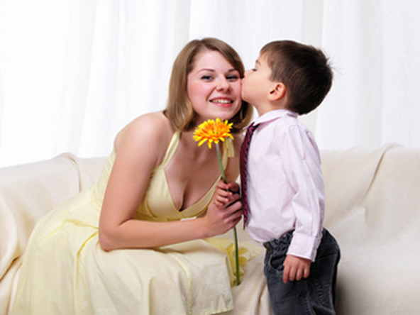 Мамочка спустила сыну рукой фото 561-607
