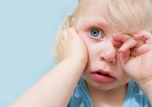 Ребенок жалуется на усталость